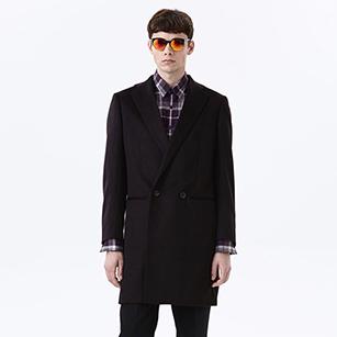 暗紫色素色双排扣西装大衣