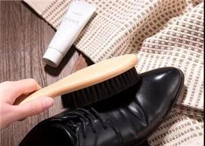 最简单的皮鞋保养方法
