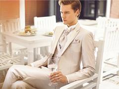 为什么结婚要选择定制西装呢?