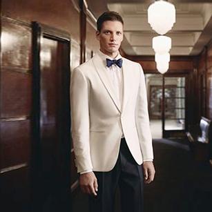 白色经典款轻奢礼服套装